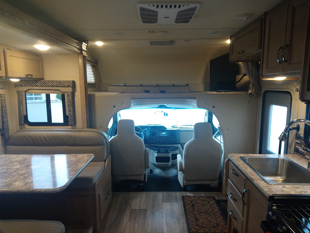 2018 Thor Four Winds 24f Motor Home Travel